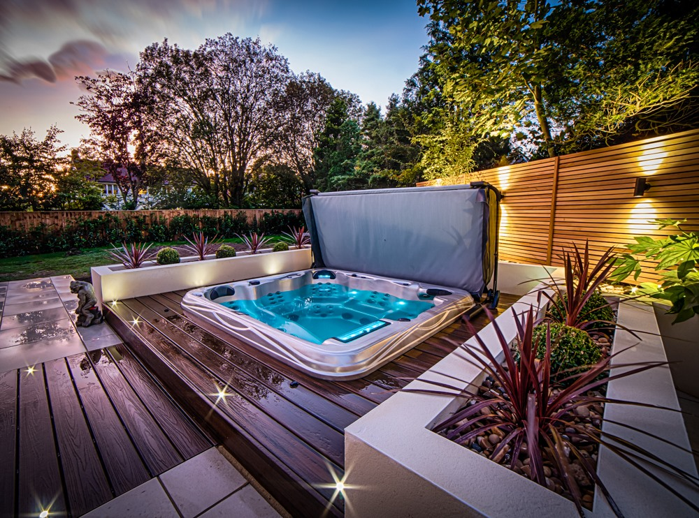Hottub In Back Garden
