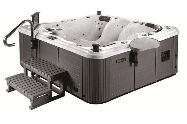 Corrib Hot Tub